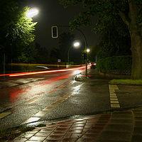 Ausschnitt von: Nachtaufnahme an der Straße (1)
